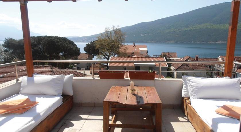 online rezervacije Three-Bedroom Apartment 0 in Herceg Novi
