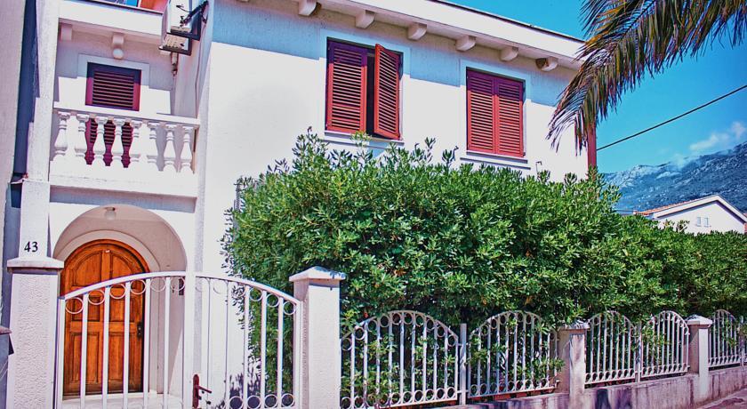 online rezervacije Vera Apartments