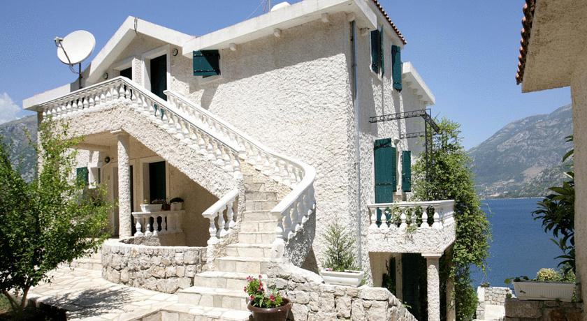 online rezervacije Vila Vujovic