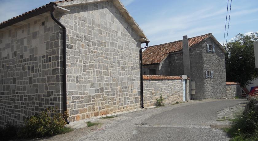 online rezervacije Villa Bastion