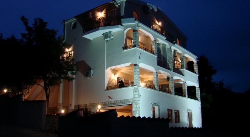 online rezervacije Villa Del Mar
