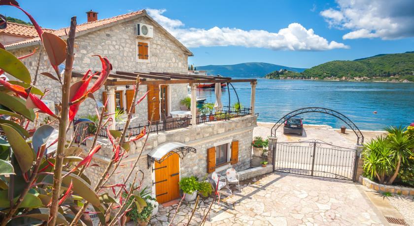 online rezervacije Villa Serventi