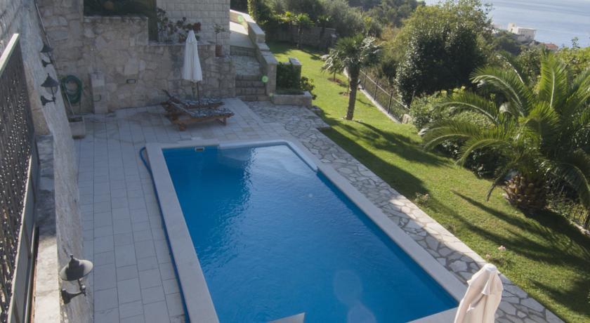 online rezervacije Villa Sveta