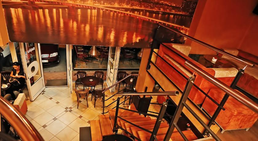 online rezervacije Amaro Rooms