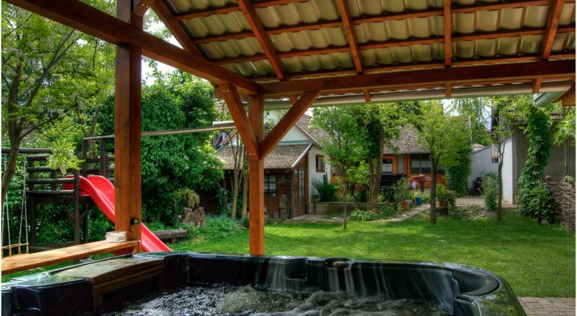 online rezervacije Ana Guesthouse