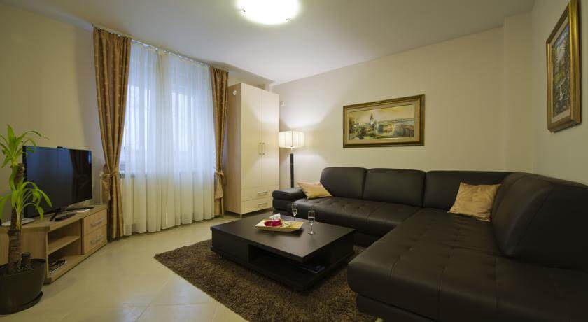 online rezervacije Apartments Jevtic