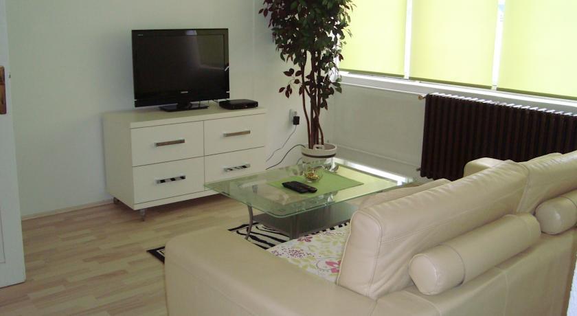 online rezervacije Apartments Riverside