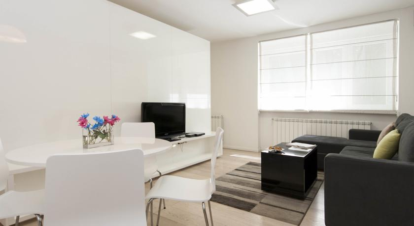 online rezervacije Belgrade Central Apartment Adore