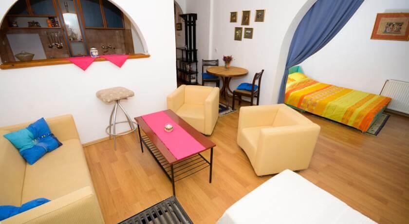 online rezervacije Belgrade Downtown Studio