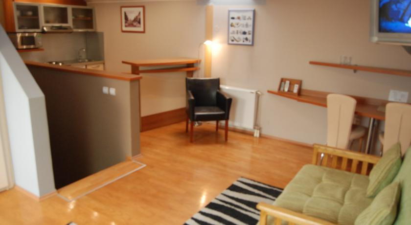 online rezervacije Car Royal Apartments