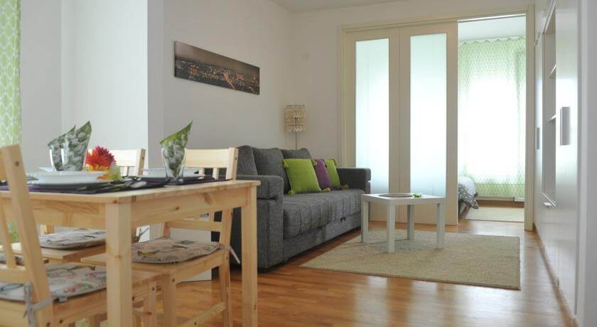 online rezervacije Charming Apartment
