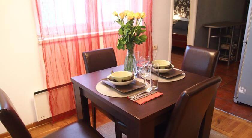 online rezervacije D-Home Apartment