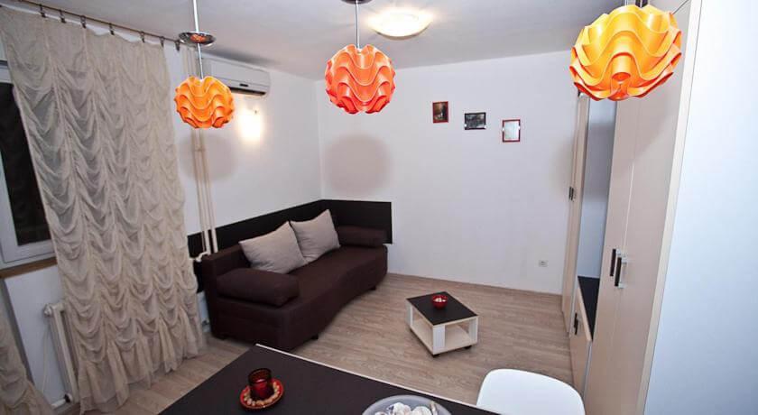 online rezervacije Duplex Apartment Happy