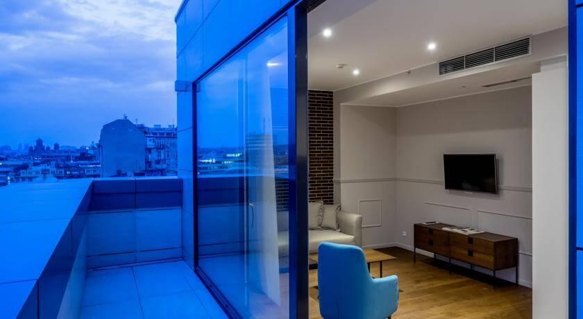 online rezervacije Envoy Hotel