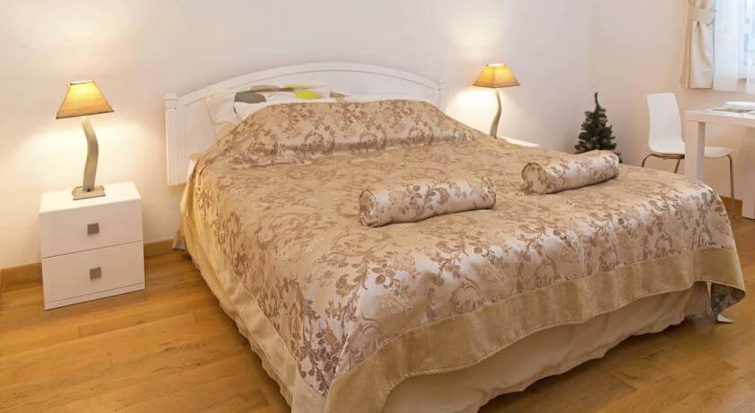 online rezervacije Eol Apartment