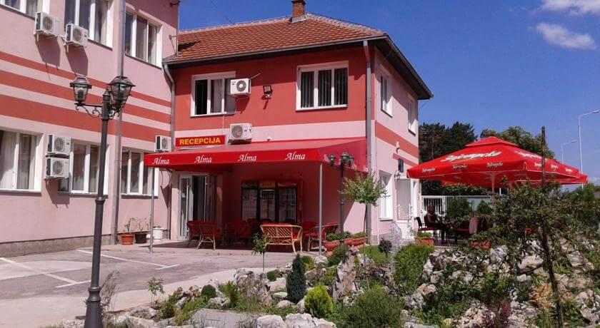 online rezervacije Garni hotel Alma
