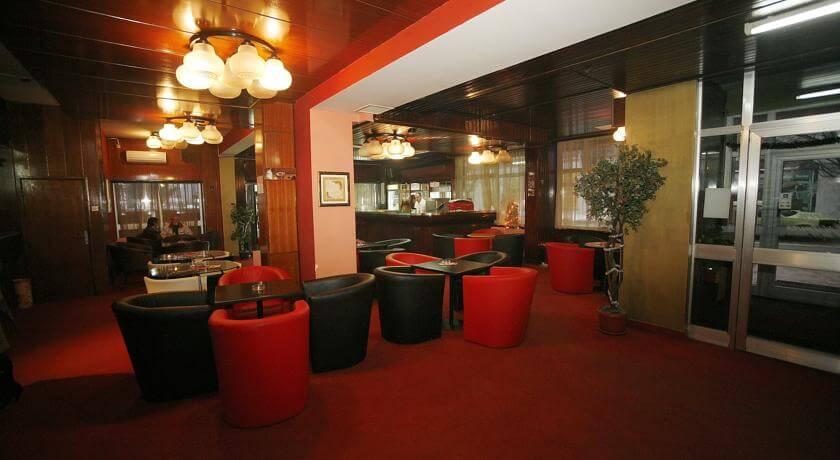 online rezervacije Golden Inn Hotel