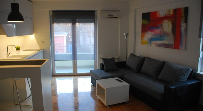 online rezervacije Home Apartment