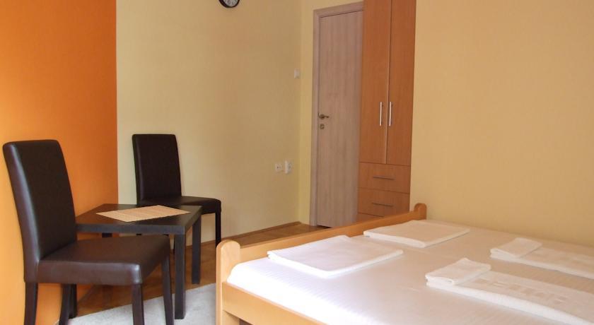 online rezervacije Hostel Frenky