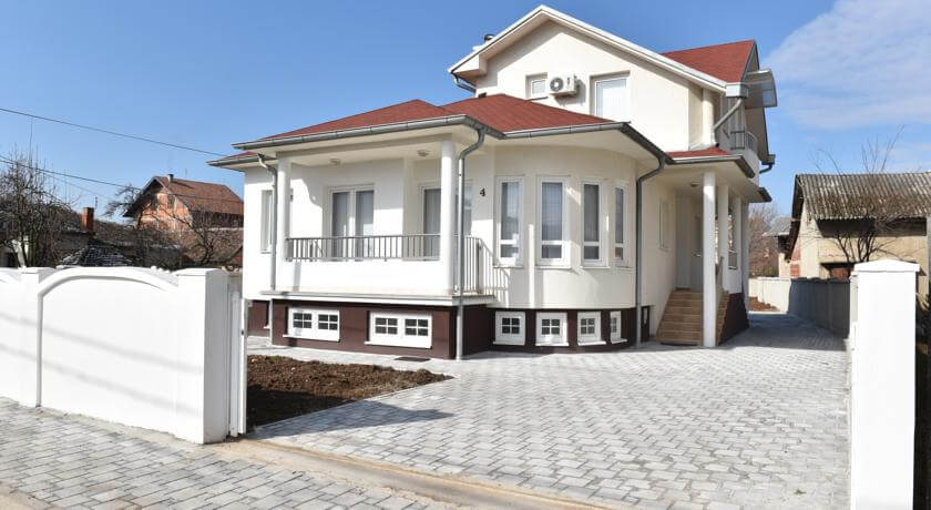 online rezervacije Hostel Mir