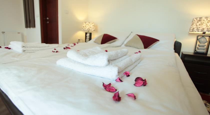 online rezervacije Hostel Royal