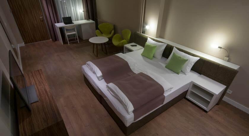 online rezervacije Hotel Adresa