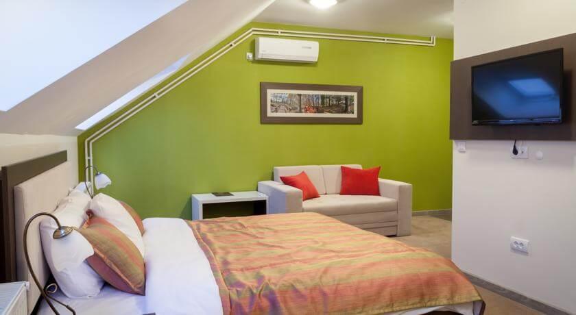 online rezervacije Hotel Ema