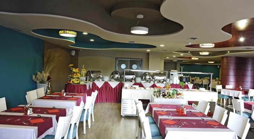online rezervacije Hotel Kraljevi Čardaci