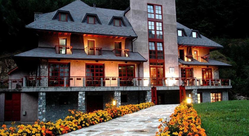 online rezervacije Hotel Ozon