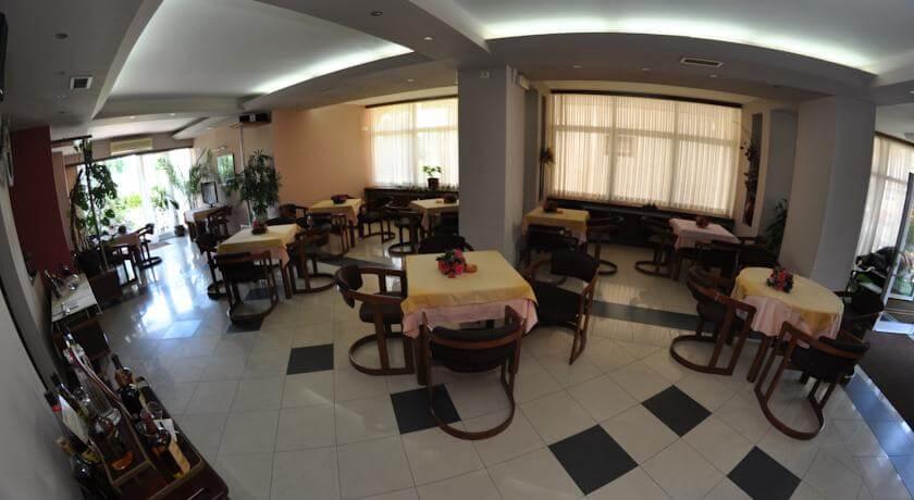 online rezervacije Hotel Royal