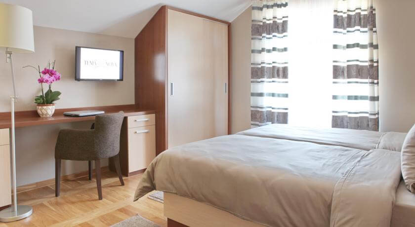 online rezervacije Hotel Tema Nova