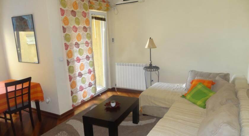 online rezervacije Lux Place Apartment