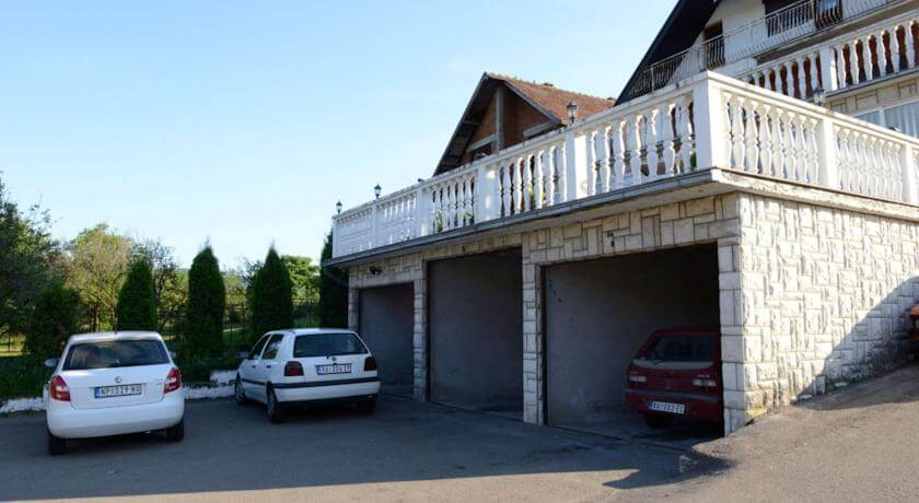 online rezervacije Motel KM Dvori