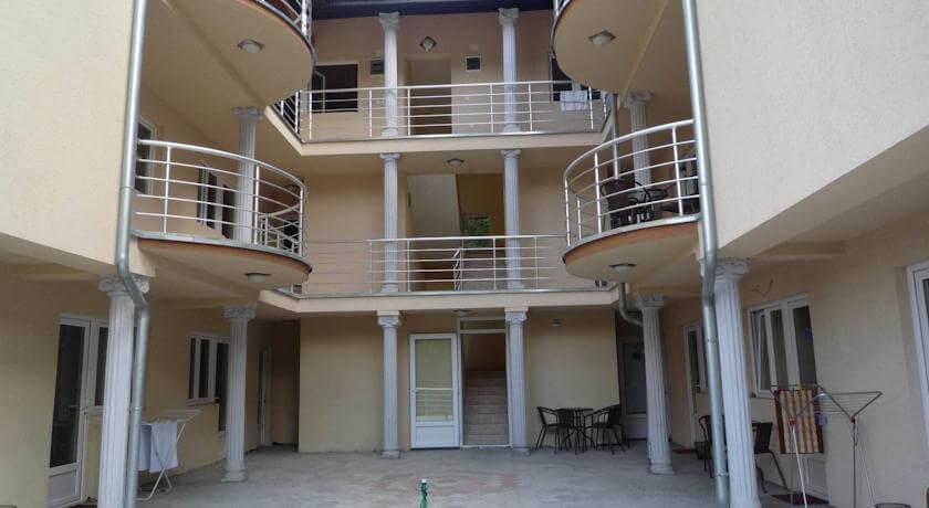 online rezervacije Nena Guesthouse