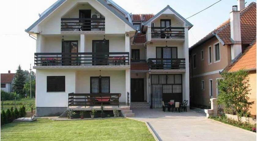 online rezervacije Rada Apartments
