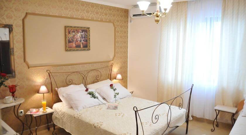 online rezervacije Royal Apartments
