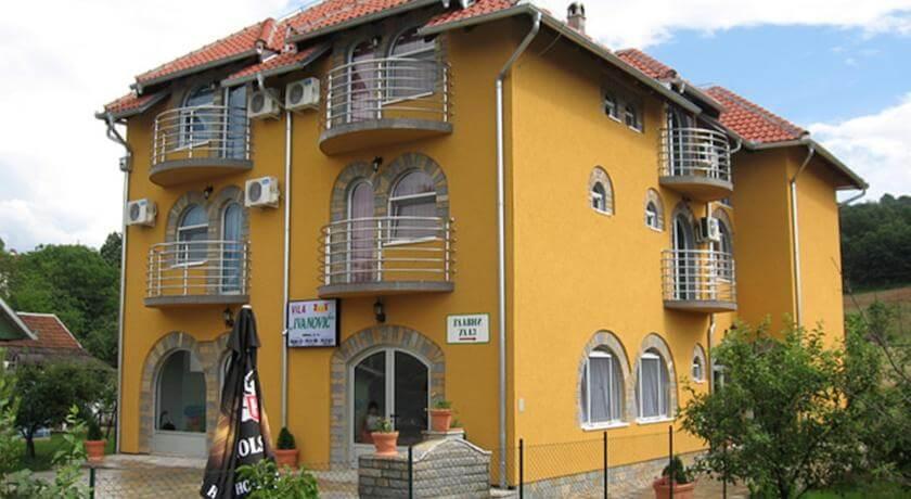 online rezervacije Studios Ivanović