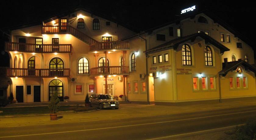 online rezervacije Villa Atina