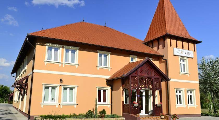 online rezervacije Villa Larus