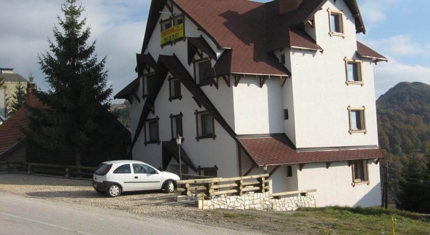 online rezervacije Villa Sofija