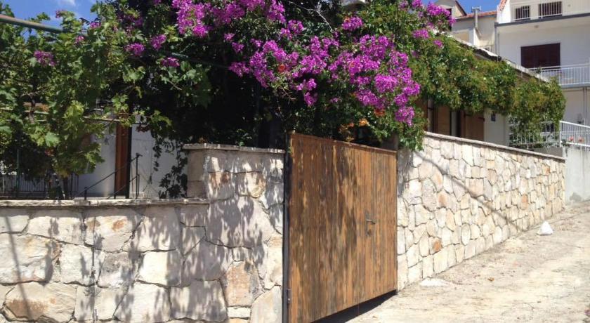 online rezervacije Andrea Holiday Home