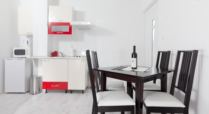 online rezervacije Apartmani Alma
