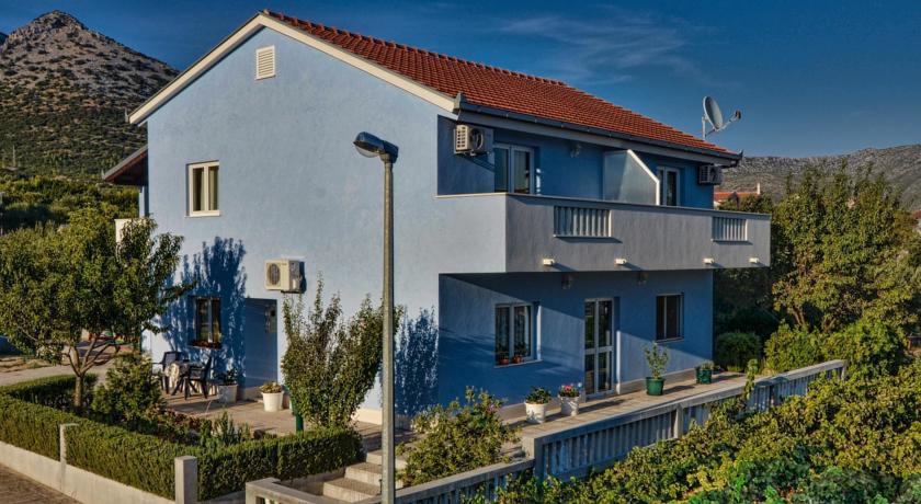 online rezervacije Apartmani Ivana