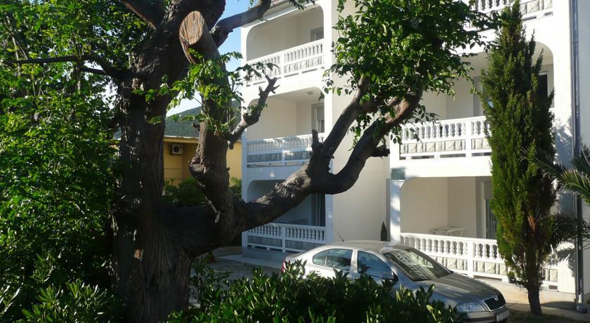 online rezervacije Apartmani Villa Renata