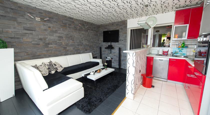 online rezervacije Apartment Adi