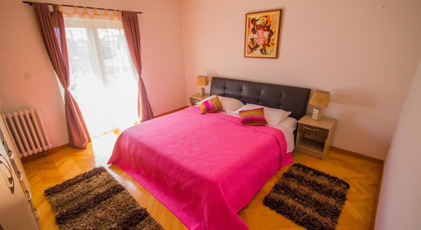 online rezervacije Apartment Afrodita