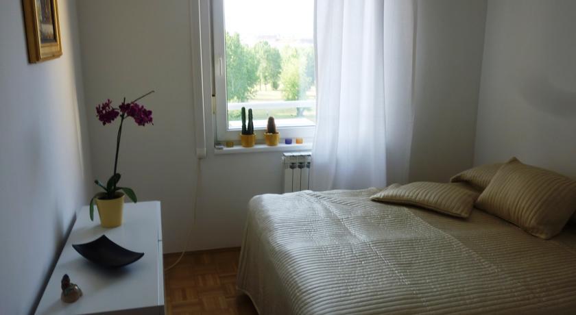 online rezervacije Apartment and Room Meridijan