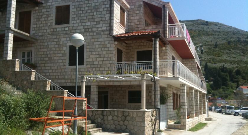 online rezervacije Apartment and Rooms Villa Marijo