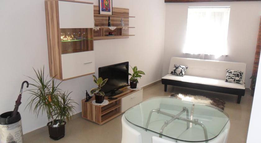 online rezervacije Apartment Ascic