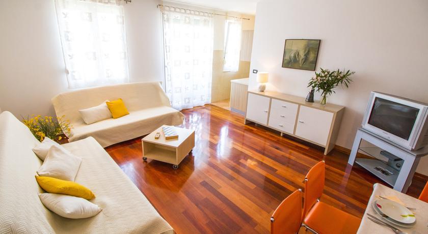 online rezervacije Apartment Astra